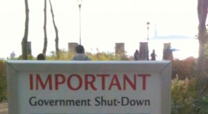 Important_government_shutdown_notice_for_the_Stature_of_Liberty